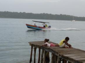 bastimentos dock
